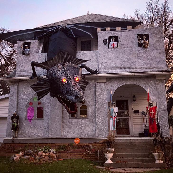 18 Halloween Gurus Who Stole the Thunder This Year